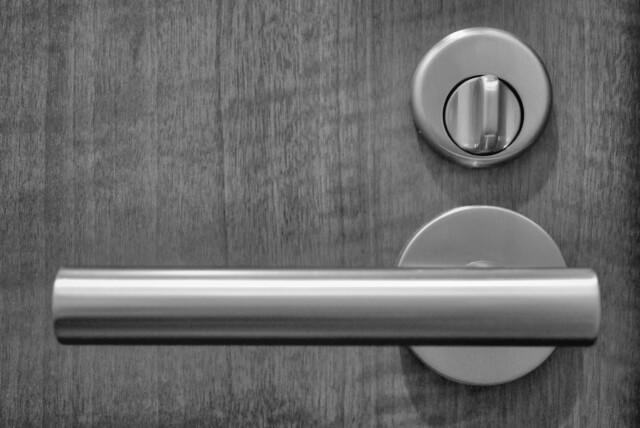 施錠されたドア