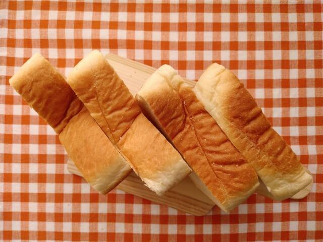 4枚切りの食パン