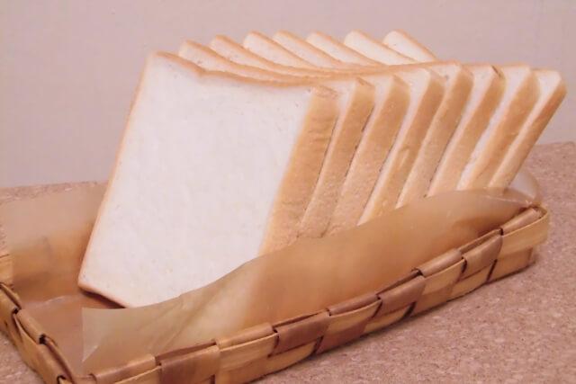 8枚切りの食パン