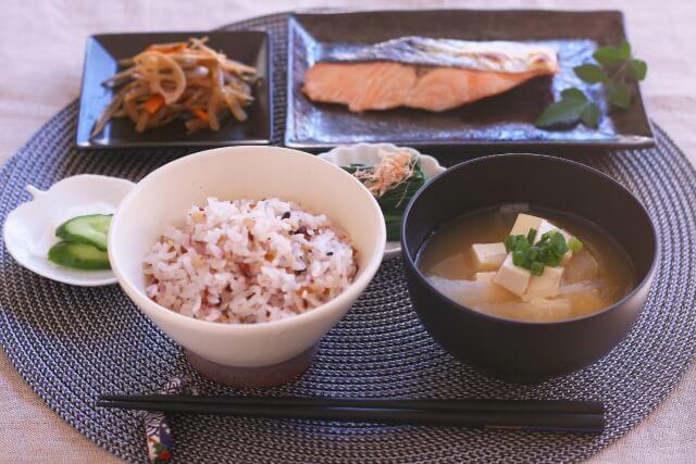 和食の一汁三菜