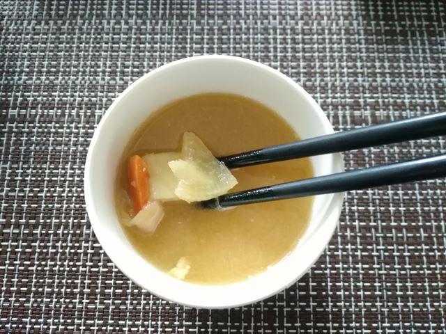 セブンイレブン豚汁の具の野菜