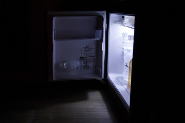 一人用の小さい冷蔵庫